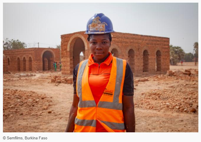 Un nouveau système d'apprentissage de qualité pour accroître les compétences des jeunes au Burkina Faso